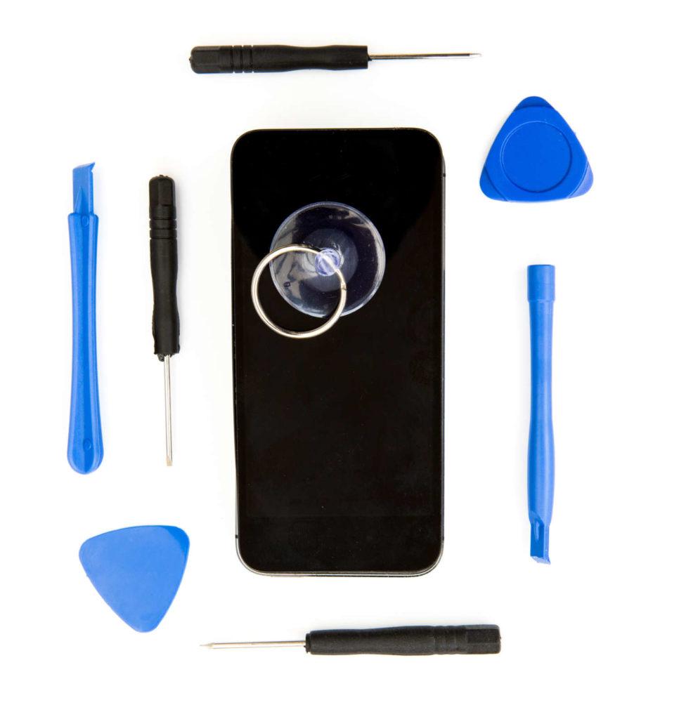 Reapiring an iPhone at Fixsmart